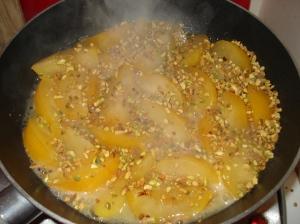 Clafoutis prune et pistache