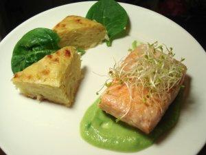 Assiette Saumon et émulsion de petits pois au wasabi